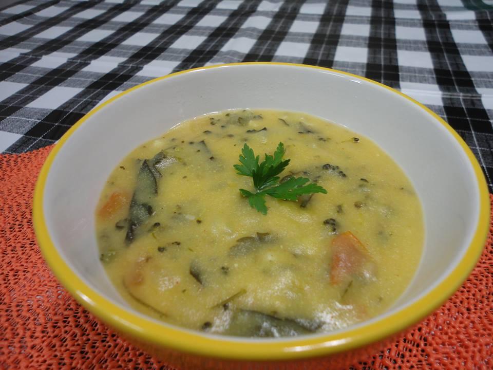 Sopa de Fubá com Brócolis